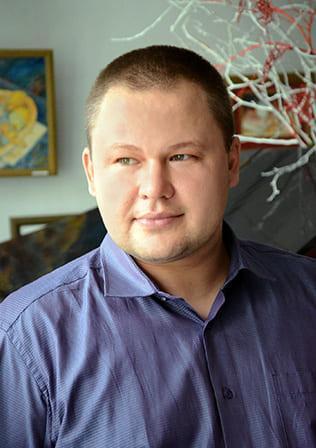 Ежов ⠀⠀⠀⠀⠀Роман⠀⠀⠀⠀⠀ Вадимович